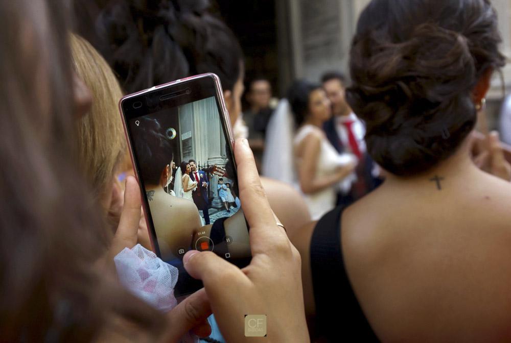 Fotos de fotos. Un recurso que siempre funciona. CFBodas. Fotógrafo de bodas en Granada.